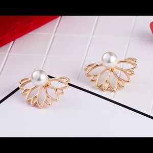 Gold and pearl behind the lobe earrings